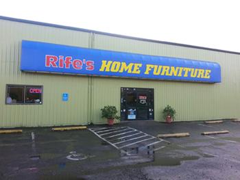 eugene springfield albany coos bay corvallis roseburg oregon furniture stores rife 39 s. Black Bedroom Furniture Sets. Home Design Ideas